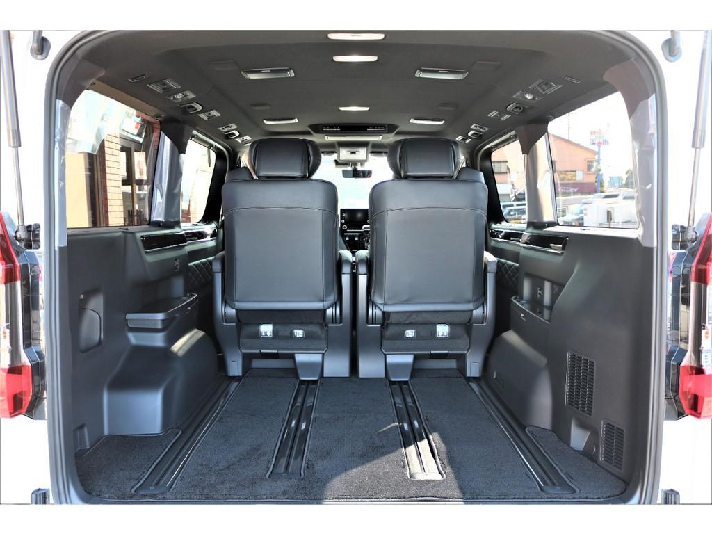 シートレール内蔵によりお好みのシートポジションへ変更できます!