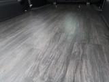 掃除、お手入れが簡単な床張り施工♪