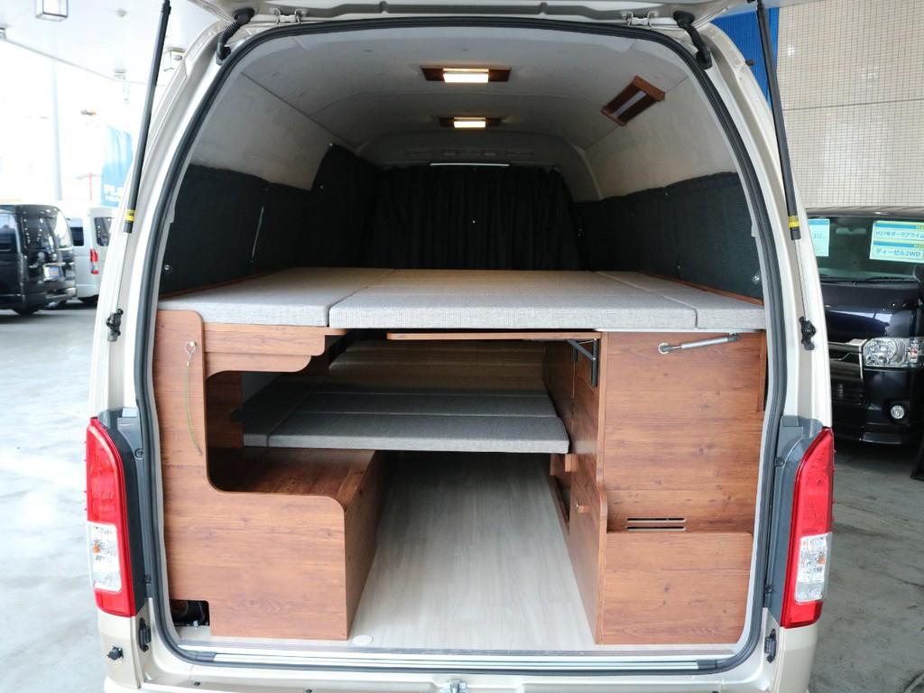 2段ベッド展開にしても荷物のスペースを確保できます☆
