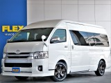 FLEXキャンピング 【COMCAM】4WD シンプルで使い勝手の良いキャンピング 即納車可能の1台です!見た目も使い勝手も◎