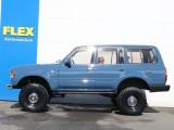 真横から見ても大きなお車です!買ったときには気づいていらっしゃるかもしれませんが・・すでにこちらのお車大きいです(笑)
