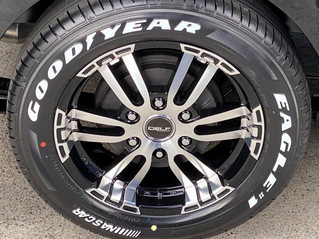 足元にはFLEXオリジナル Delf02 17インチアルミにナスカータイヤをインストール!!