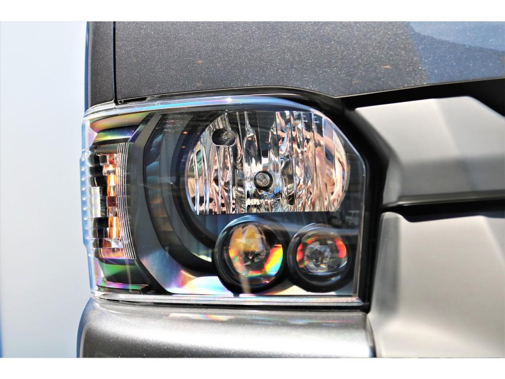 標準装備LEDヘッドライトはインナーマットブラック塗装済み!!渋くカッコいいですよ!