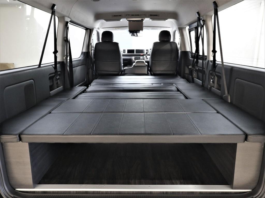 広々空間で快適な車中泊を楽しめます!