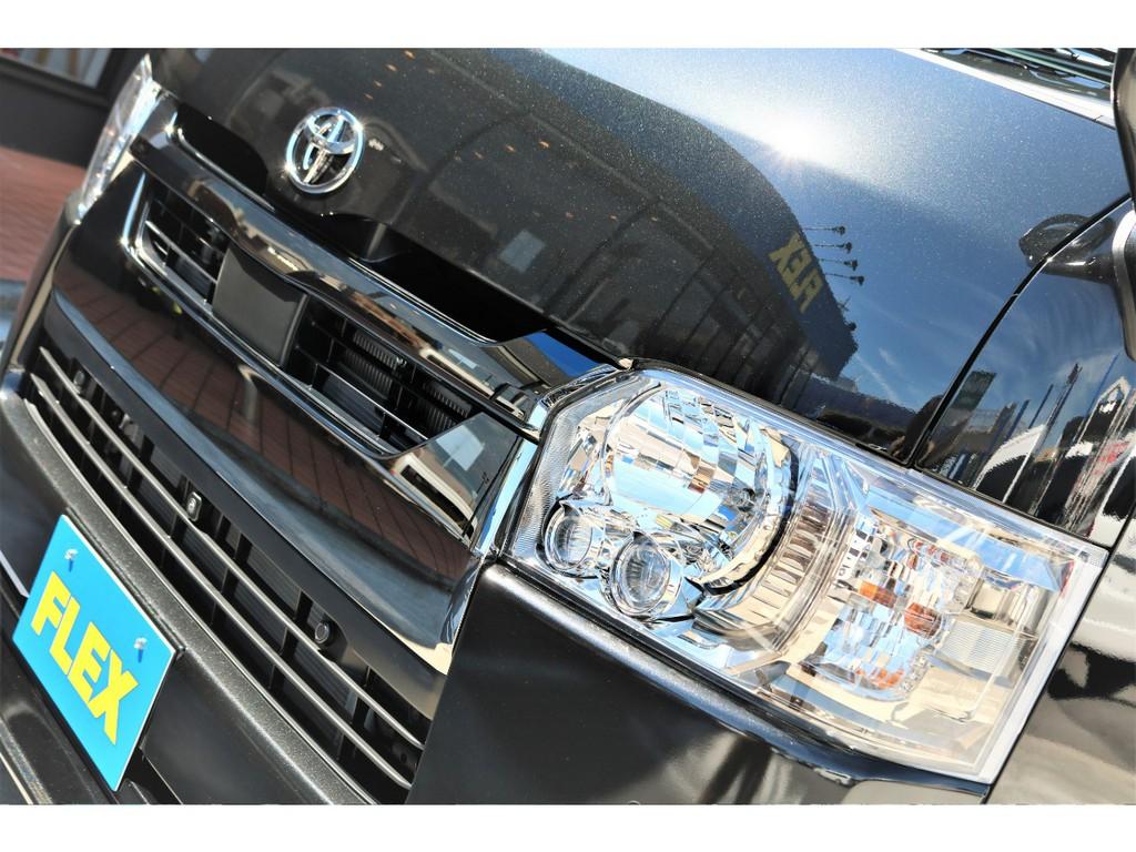 特別仕様車のLEDヘッドライトは標準装備!!視界も良好!