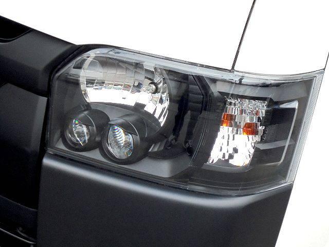LEDヘッドライトインナーブラック施工! | トヨタ ハイエースバン 2.0 DX ロング スポーツPK@