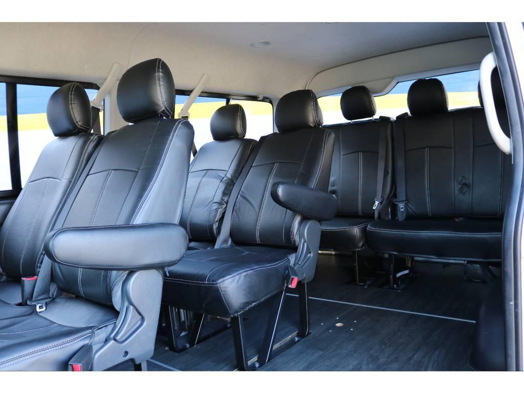 全席シートカバー装着済み! | トヨタ ハイエース 2.7 GL ロング ミドルルーフ COBRAボンネット後期
