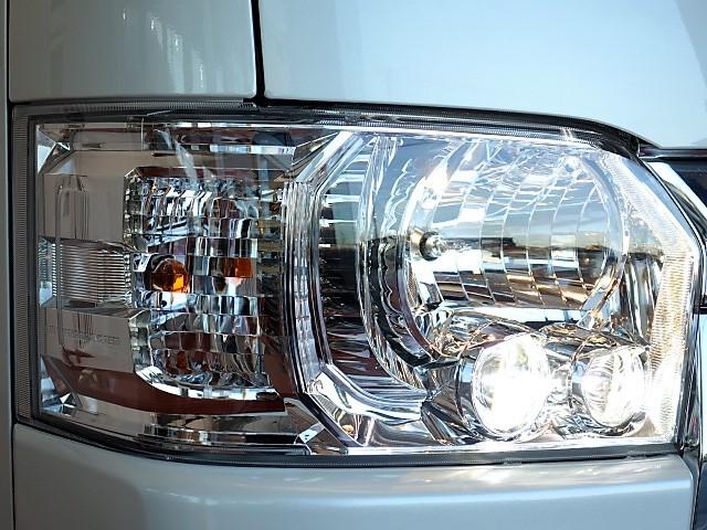 LEDヘッドライト! | トヨタ ハイエースバン 2.0 スーパーGL ダークプライム ロングボディ