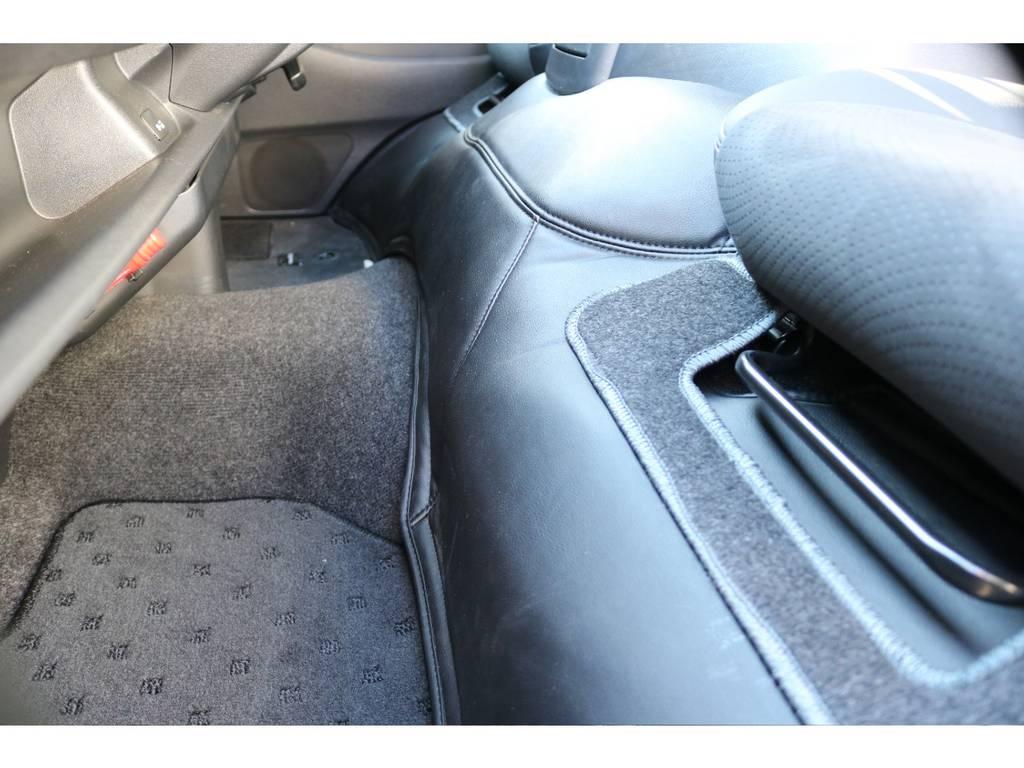 前後エンジンルームカバー装着!   トヨタ レジアスエース 2.7 スーパーGL ワイド ミドルルーフ ロングボディ 4WD 買取直販4WDスタイル