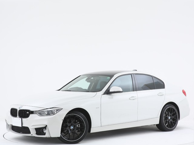 BMW 3シリーズ 320iの入庫です!