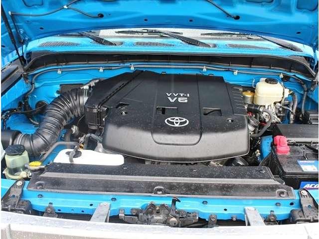 エンジン回りもとても綺麗に仕上がっています! | 米国トヨタ FJクルーザー  アップグレード2