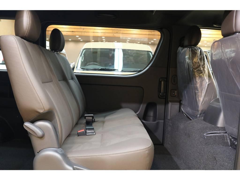 店頭にて展示中! | トヨタ ハイエースバン 2.8 スーパーGL 50TH アニバーサリー リミテッド ロングボディ ディーゼルターボ 4WD 415コブラフルエアロ