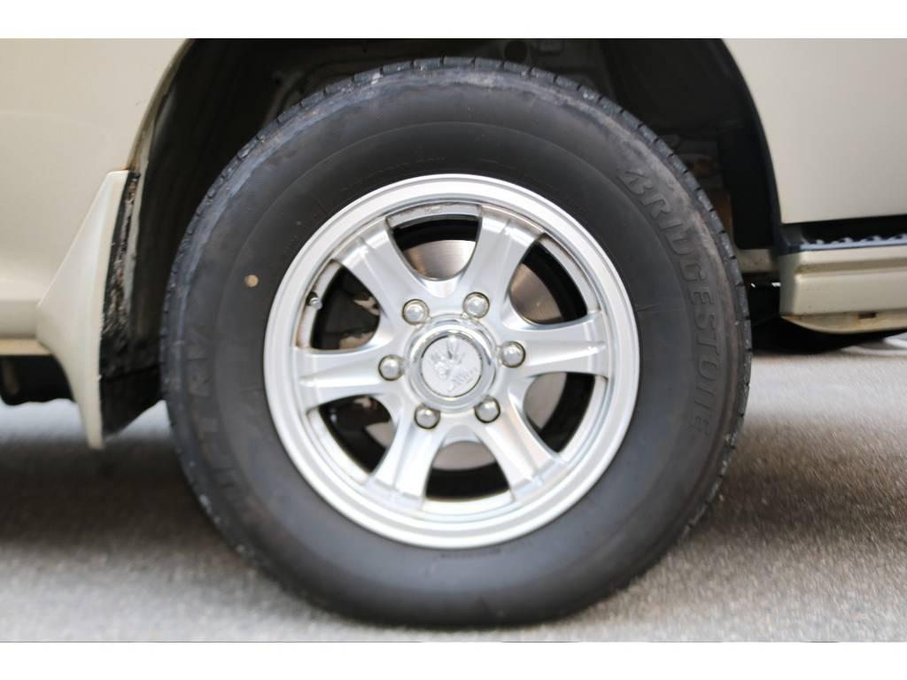WEDS15インチアルミホイール装着しております! | トヨタ ハイエース 3.0 スーパーカスタムG リビングサルーンEX ディーゼルターボ 4WD 下取り直販