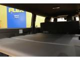 【オリジナルベッドキット完備】フラットなスペースで快適な車中泊がお楽しみいただけます♪