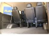 座席はそのままでも十分なラゲッジスペースを確保しております!
