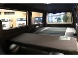 畳んでしまえば後のベッドキットも併せてフラットな仕様に!快適な車中泊ができちゃいます!