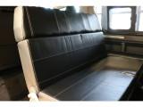 2列目は対面式の座席にもなり使い方の幅も広がります!