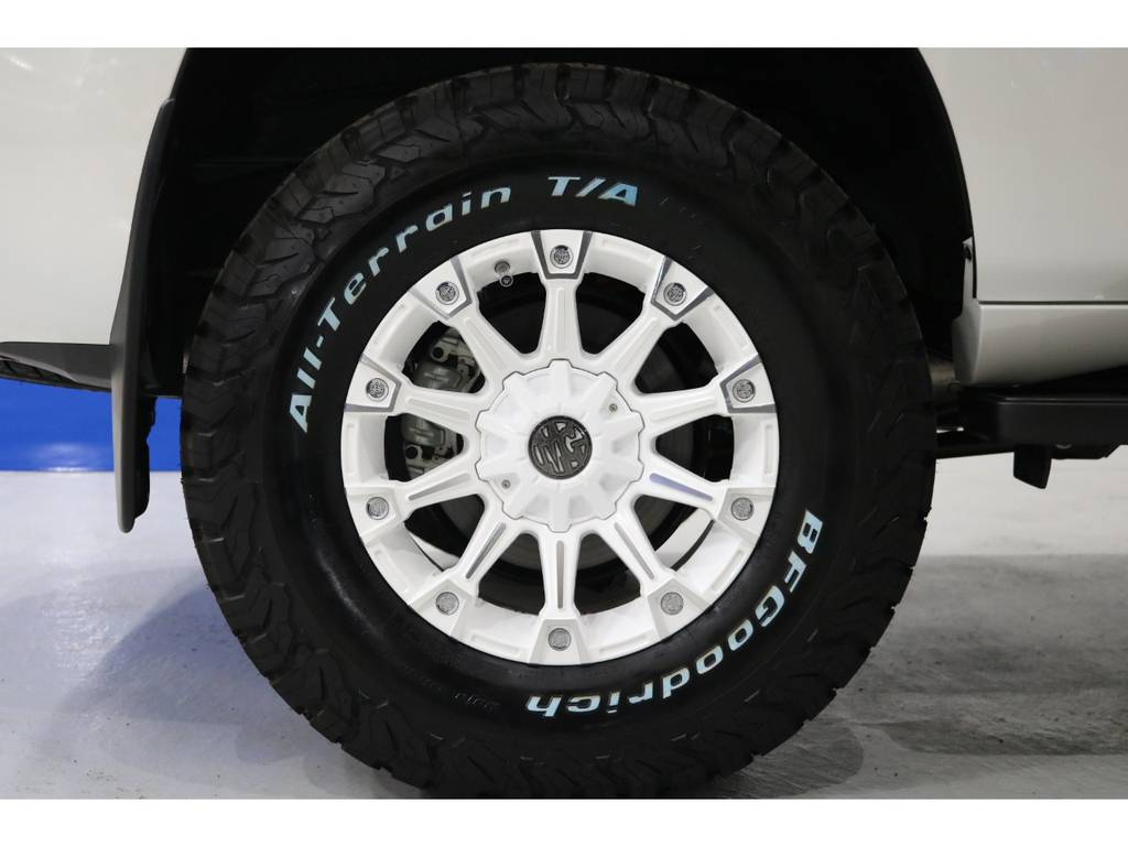 安心のFLEX保証!!新車はメーカー保証が受けられます!!中古車のメーカー保証継承も可能!!   トヨタ ランドクルーザープラド 2.8 TX Lパッケージ ディーゼルターボ 4WD 新車未登録 2インチUP