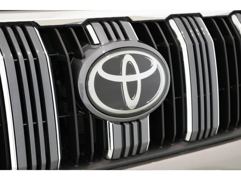 新型TSSPはミリ波レーダーと単眼カメラで安心ドライブをサポートしてくれます!   トヨタ ランドクルーザープラド 2.8 TX ディーゼルターボ 4WD TRDフロントスポイラー