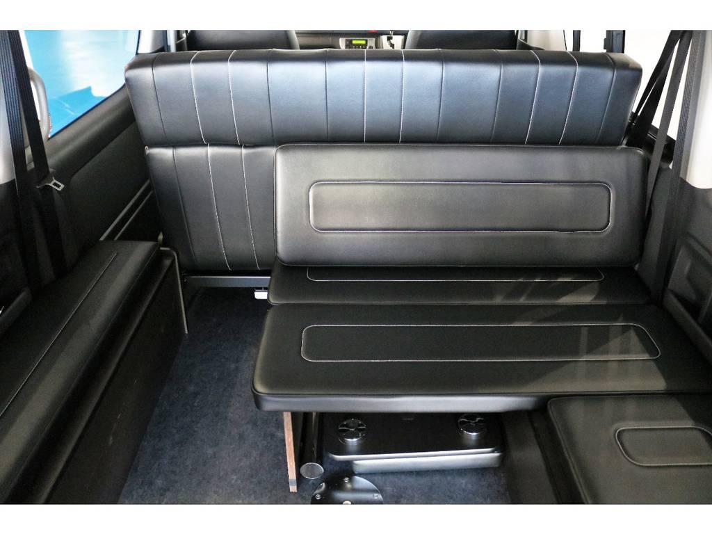 座面も広く深く腰掛けることができるので、遠出にももってこいです!!!! | トヨタ ハイエース 2.7 GL ロング ミドルルーフ 4WD TSS寒冷地付アレンジAS