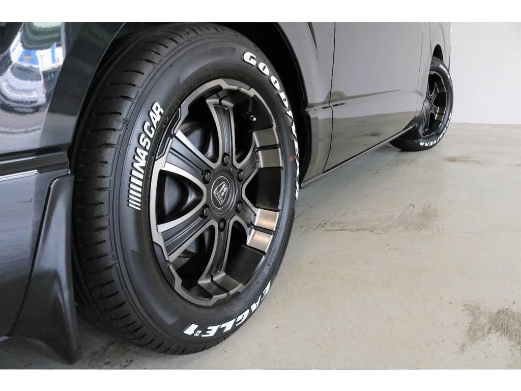 タイヤには定番のグットイヤーNASCARホワイトレタータイヤを新品で装着しました! | トヨタ ハイエースバン 3.0 スーパーGL ロング ディーゼルターボ 4WD