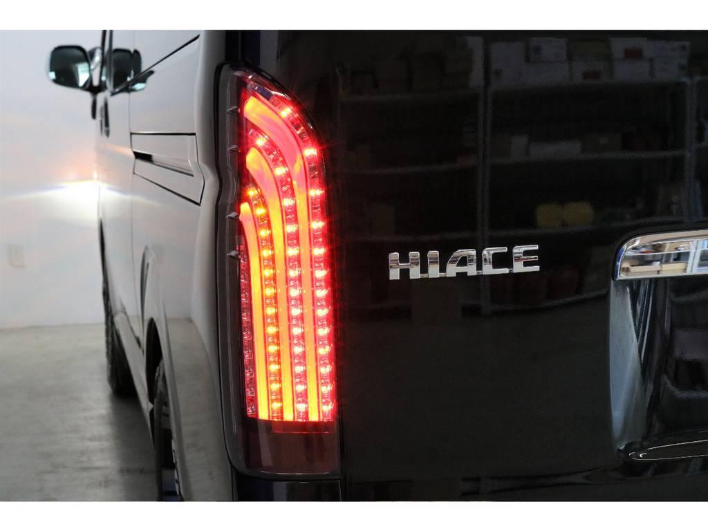 415コブラBADテールを新品で装着♪迫力のリヤビューを演出しています! | トヨタ ハイエースバン 3.0 スーパーGL ロング ディーゼルターボ 4WD