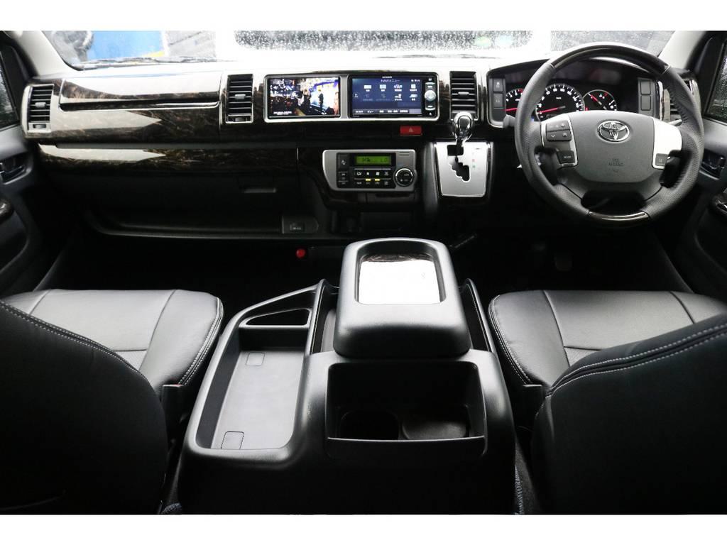 新品K`specマホガニーパネル&コンビハンドルSET装着済み♪ | トヨタ ハイエース 2.7 GL ロング ミドルルーフ 4WD R1