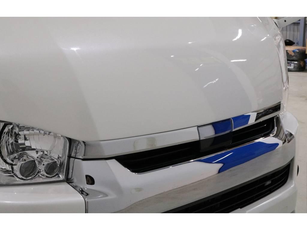 ボンネット415COBRA製 BY2 を装着!!!!TSSPに干渉しないギリギリまで下げてありBADフェイス感は強めです!! | トヨタ ハイエース 2.7 GL ロング ミドルルーフ 4WD TSS付