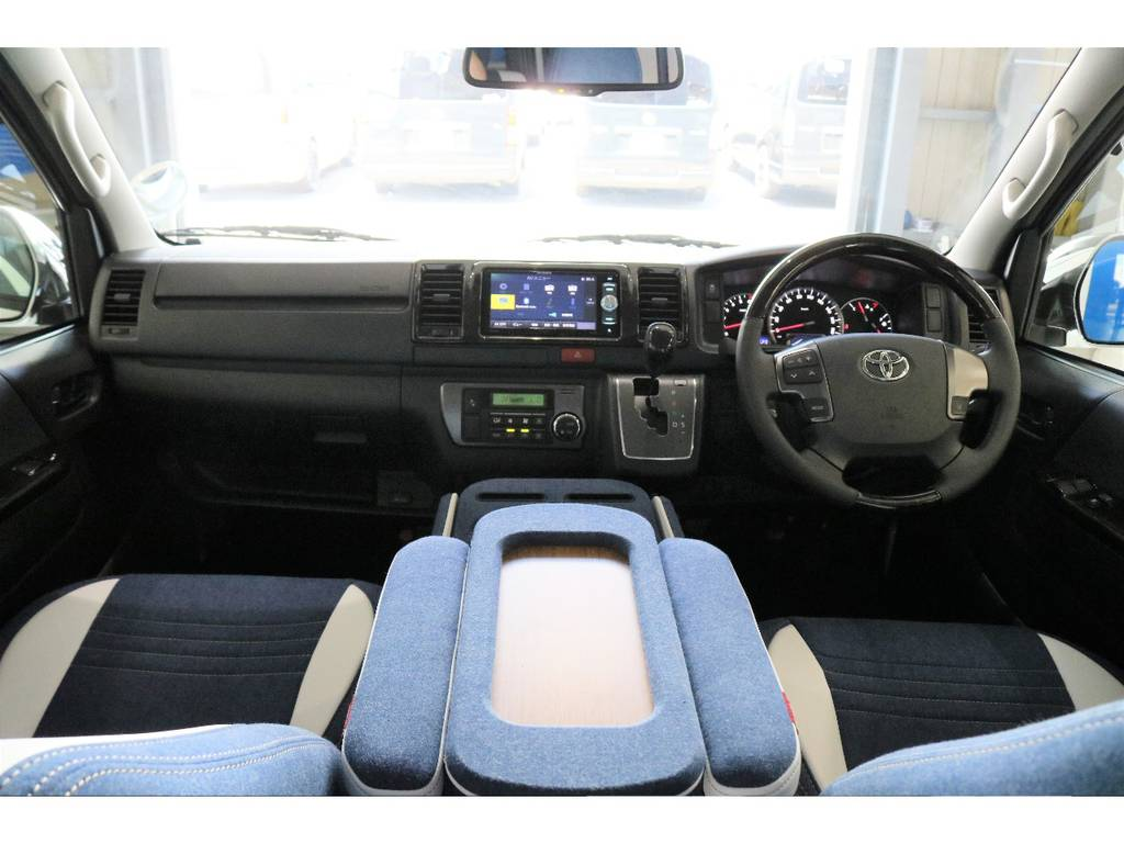 クラフトプラス デニム内装KITでオシャレな一台です!!!!   トヨタ ハイエースバン 2.0 スーパーGL ダークプライム ロングボディ PS無