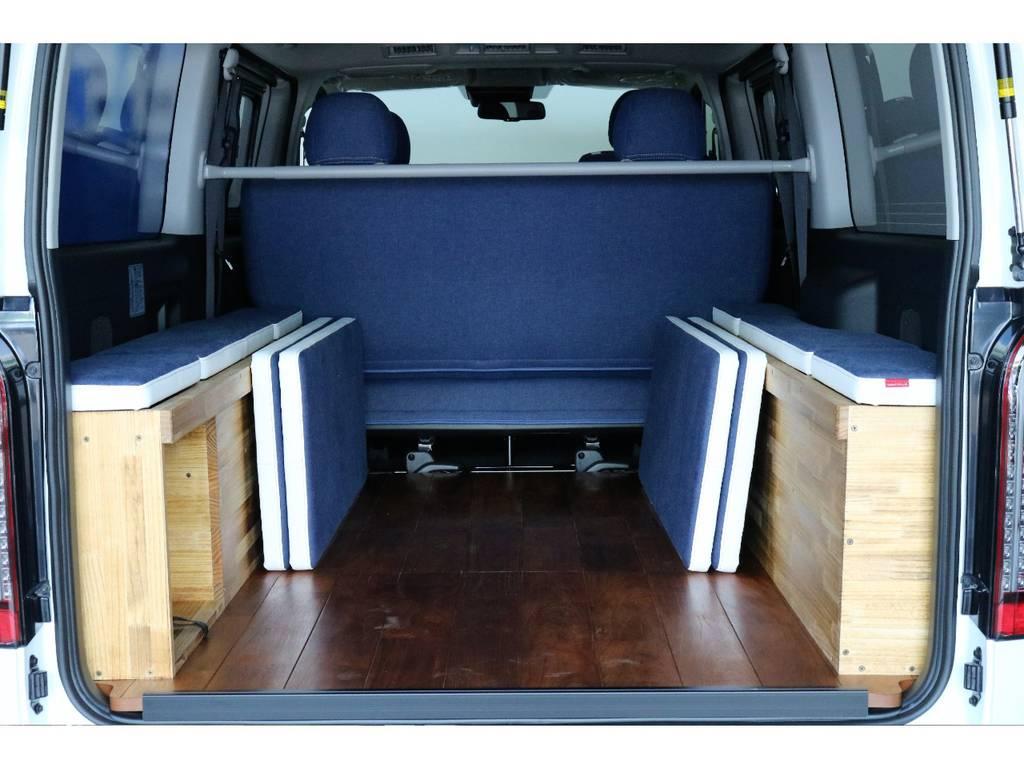 ベットマットは脱着可能なのでマットを外せばハイエースならではの広々とした荷室でございます!!!!   トヨタ ハイエースバン 2.0 スーパーGL ダークプライム ロングボディ PS無