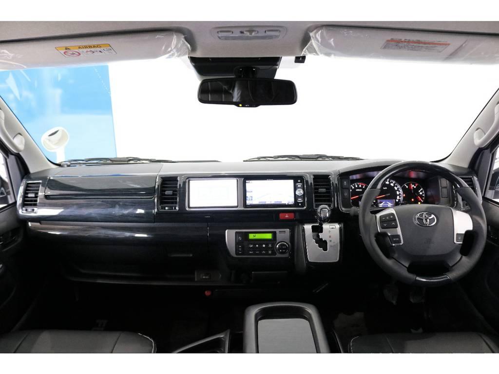 K'spec 内装パネルセットを装着してハンドルとシフトノブも交換済みです!! | トヨタ ハイエース 2.7 GL ロング ミドルルーフ TSS付アレンジAS