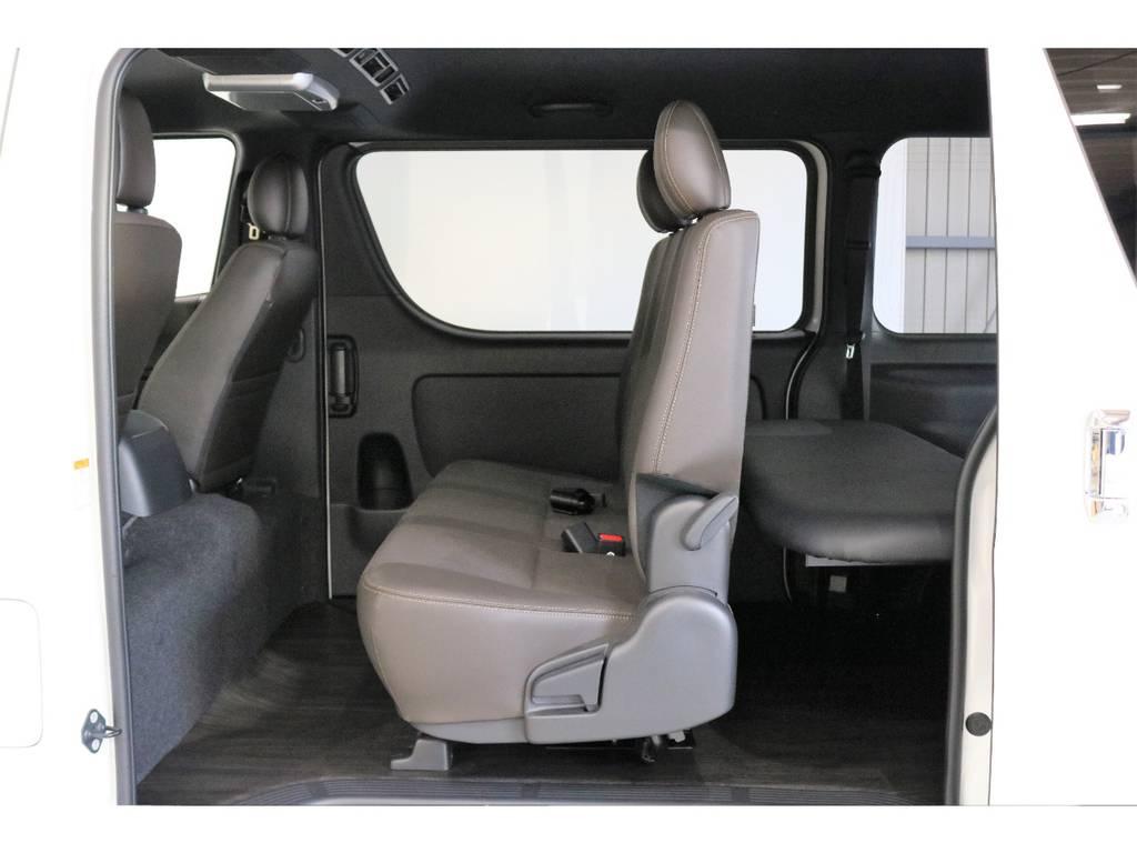 好みが分かれますがかわいいと思います。 | トヨタ ハイエースバン 2.8 スーパーGL 50TH アニバーサリー リミテッド ロングボディ ディーゼルターボ 床張りベット