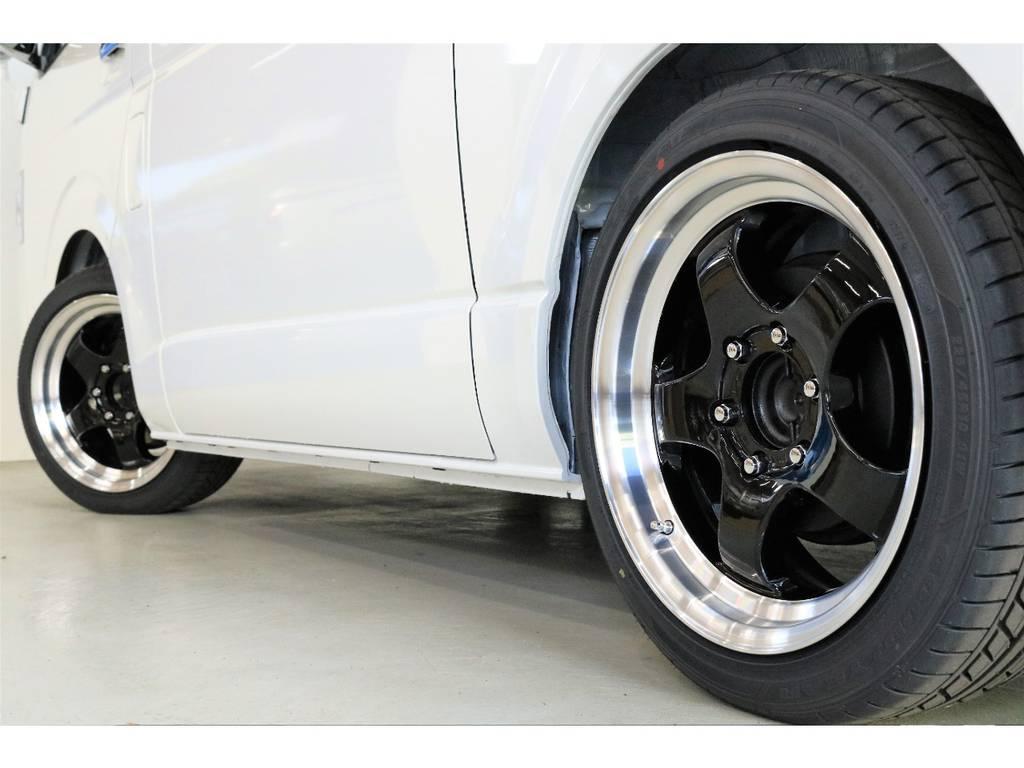 5本スポークに段リムがカッコイイですね!!!!新品で買うとまーまー高いですよFLEXのコンプリートで理想の一台を作りましょう!!!! | トヨタ ハイエースバン 2.8 スーパーGL 50TH アニバーサリー リミテッド ロングボディ ディーゼルターボ 床張りベット