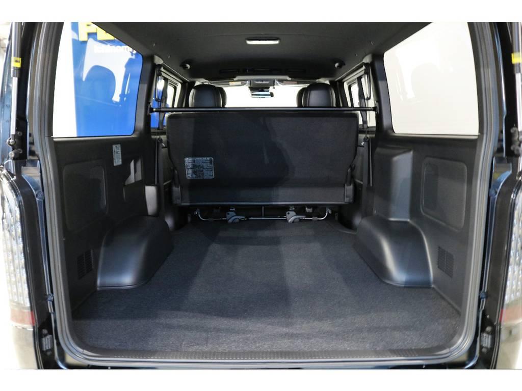 2列目をたためばハイエースならではの広々とした荷室!!!!なんでも積めそうです!!!!   トヨタ ハイエースバン 2.8 スーパーGL ダークプライムⅡ ロングボディ ディーゼルターボ PS無