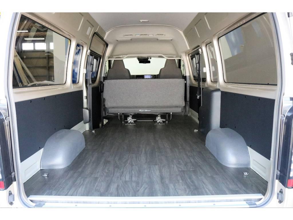 標準ボディーでは積みきれない荷物のスーパー楽々に積み込めます!!!   トヨタ ハイエースバン 2.8 DX ワイド スーパーロング ハイルーフ GLパッケージ ディーゼルターボ 4WD TSST付Wエアコン
