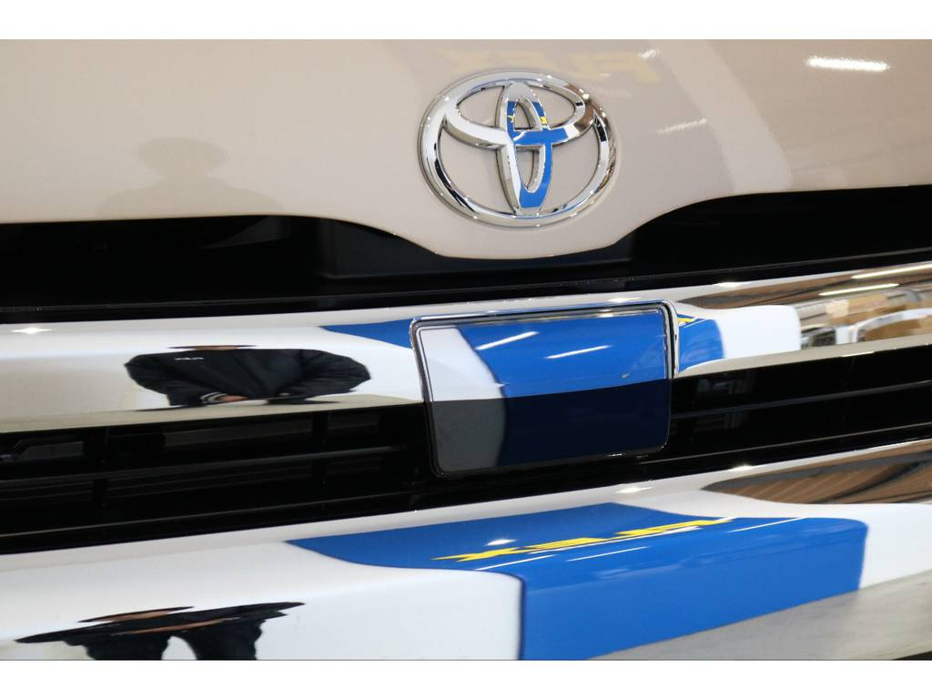 新型TSSPはミリ波レーダーと単眼カメラで安心ドライブをサポートしてくれます!   トヨタ ハイエースバン 2.8 DX ワイド スーパーロング ハイルーフ GLパッケージ ディーゼルターボ 4WD TSST付Wエアコン
