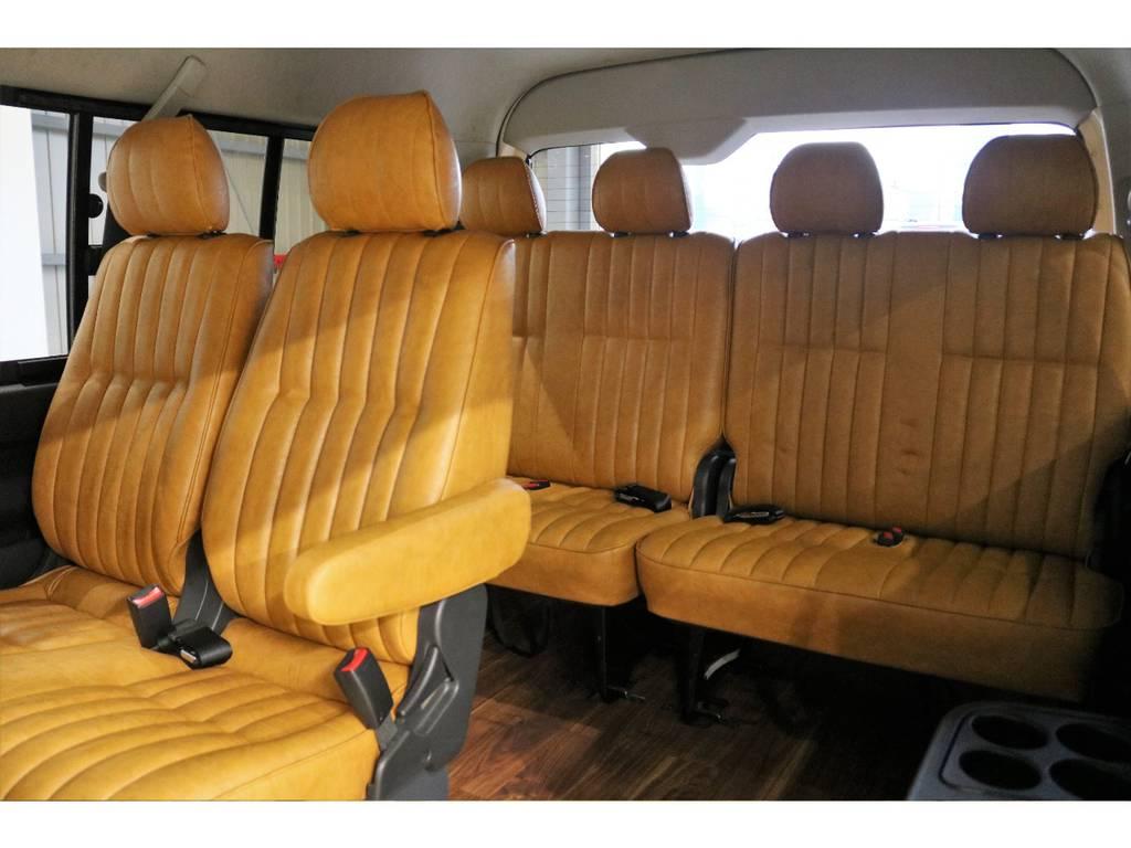 シートカバーではどうしても出てしまう弛み等は張り替えていますのでありません!!! | トヨタ ハイエース 2.7 GL ロング ミドルルーフ CoastLines
