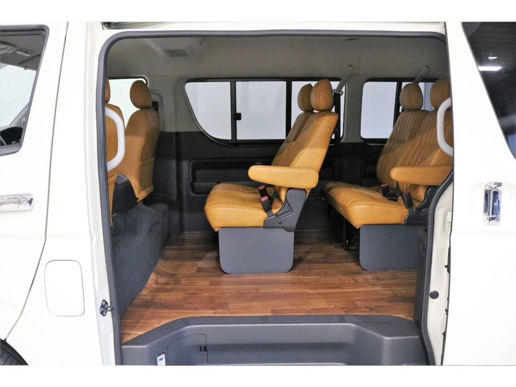ハイエースの概念を覆すFLEXの新しい提案【Renoca】 CoastLinesのベース車両です。自分らしいクルマを一緒に作り上げましょう♪ | トヨタ ハイエース 2.7 GL ロング ミドルルーフ CoastLines