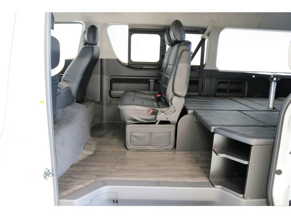2列目は純正シートなのでチャイルドシート機構アイソフィクスに対応しております!!!   トヨタ ハイエース 2.7 GL ロング ミドルルーフ 4WD R1