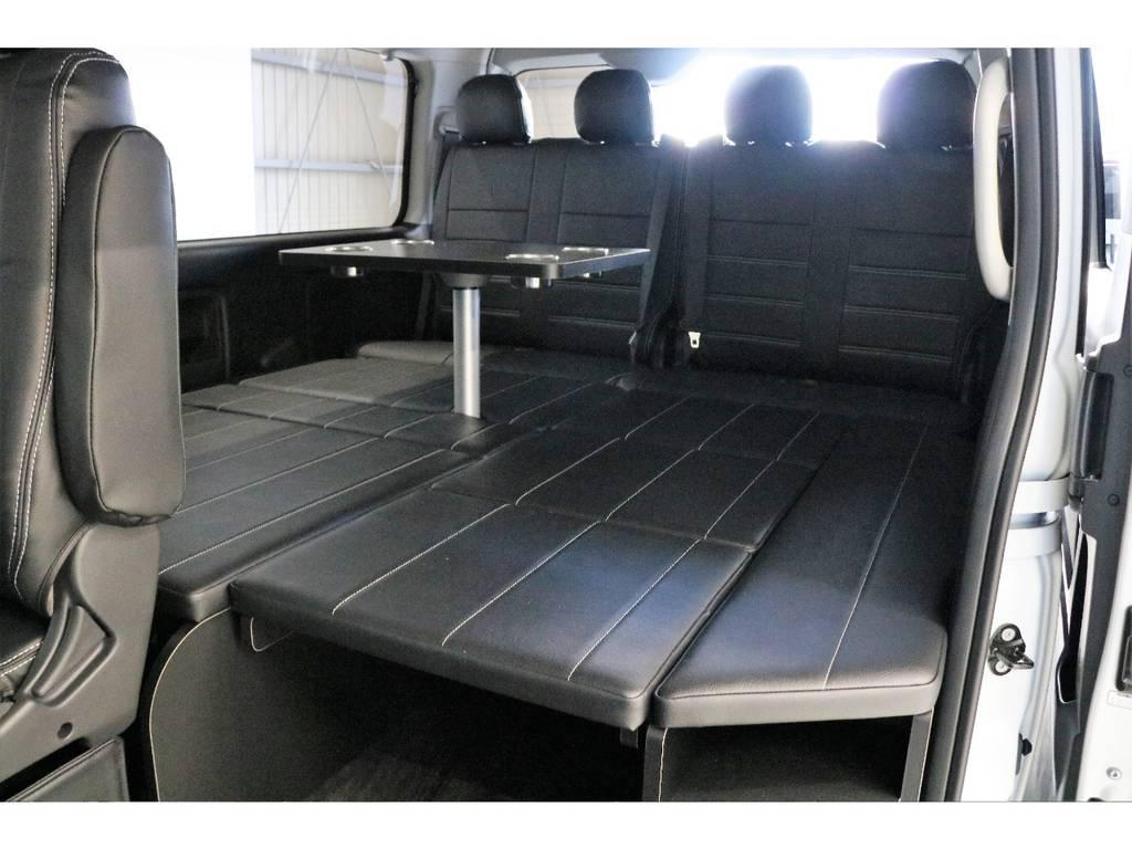 ベットマットはすべて収納可能となっております!!!   トヨタ ハイエース 2.7 GL ロング ミドルルーフ 4WD R1