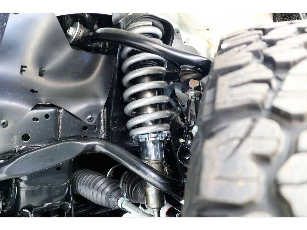 フロントは車高調整式で14段階減衰調整ダイヤル付き!!!!!!!!!! | トヨタ ハイラックス 2.4 Z ディーゼルターボ 4WD Z