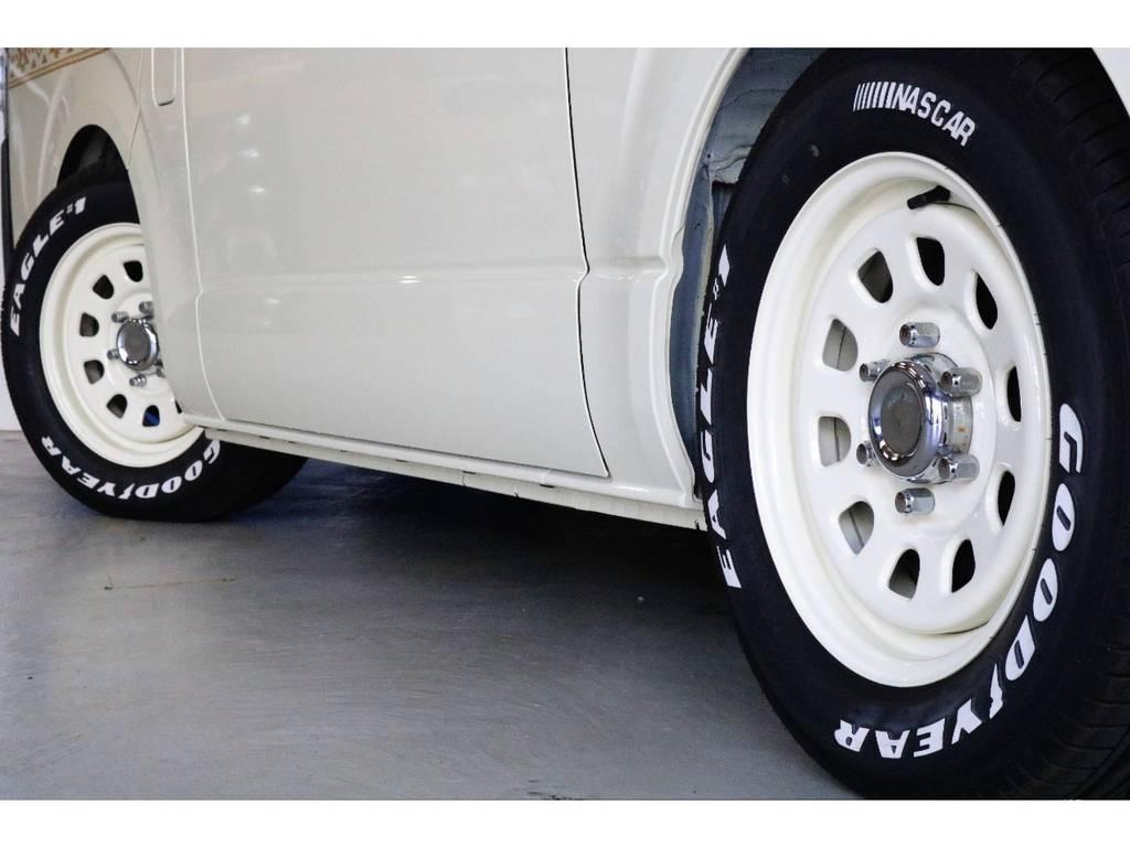 ディトナ 16インチアルミホイール+Goodyear NASCARタイヤ装着♪アルミホイールはボディーカラーに塗装しました!!! | トヨタ ハイエースバン 2.0 DX ロング お洒落なハイエースV