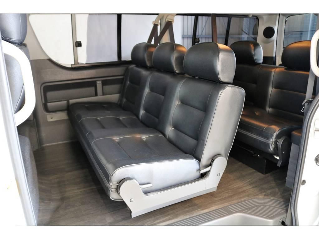 セカンドシートは3人掛けベンチシートを採用!!!サードシートも2人掛けベンチシートです!!! | トヨタ ハイエース 2.7 GL ロング ミドルルーフ