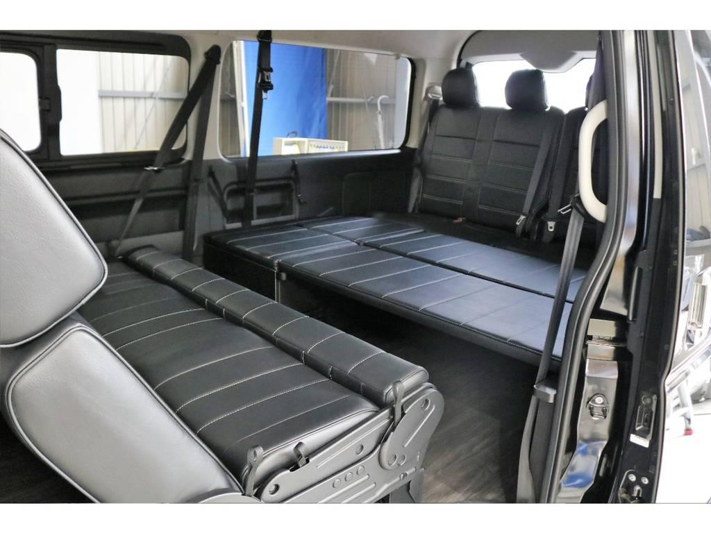 ロングシートは対面にもできます!!!!!! | トヨタ ハイエース 2.7 GL ロング ミドルルーフ オリジナル内装R2
