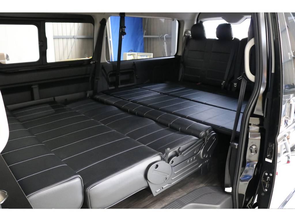もちろんフルフラットにすることが可能です!!!!!!車中泊にもってこいです!!!!!! | トヨタ ハイエース 2.7 GL ロング ミドルルーフ オリジナル内装R2