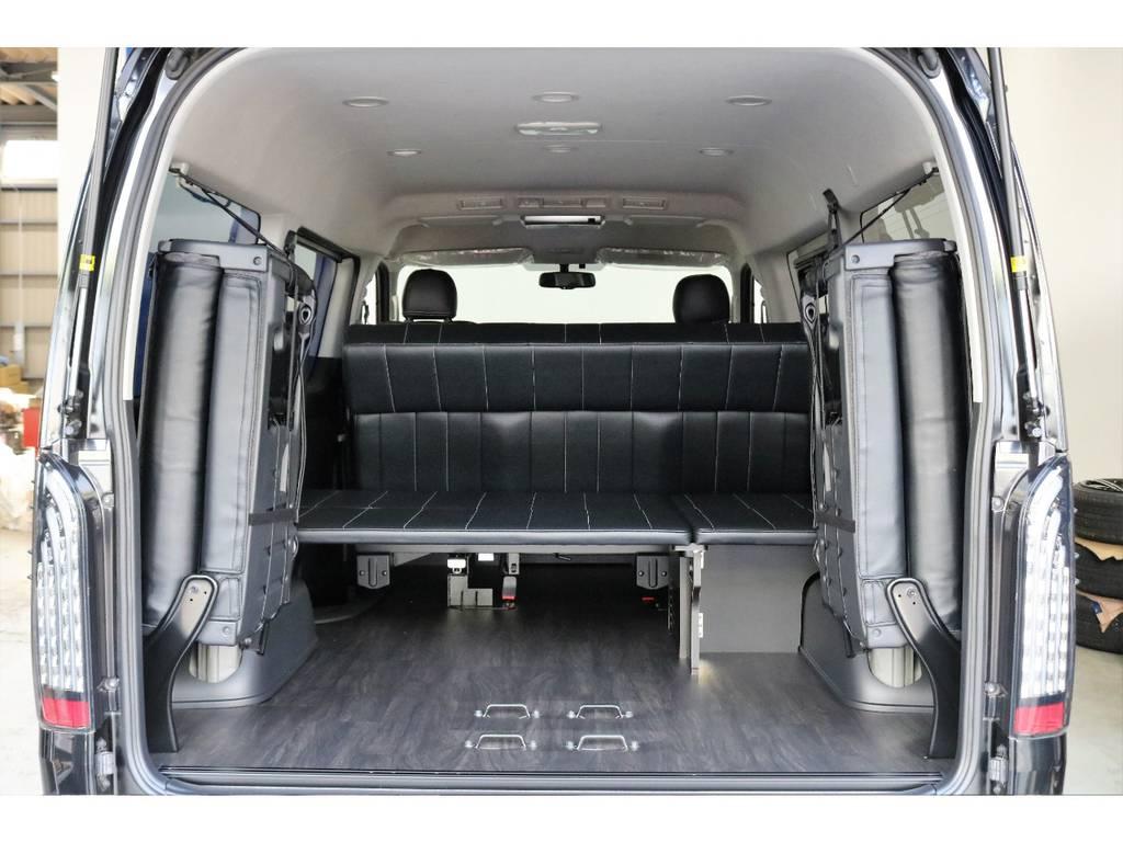 重歩行床張り施工済みなので、汚れたままの荷物をそのまま積み込んでも水ぶきが出来ます!!!!!! | トヨタ ハイエース 2.7 GL ロング ミドルルーフ オリジナル内装R2