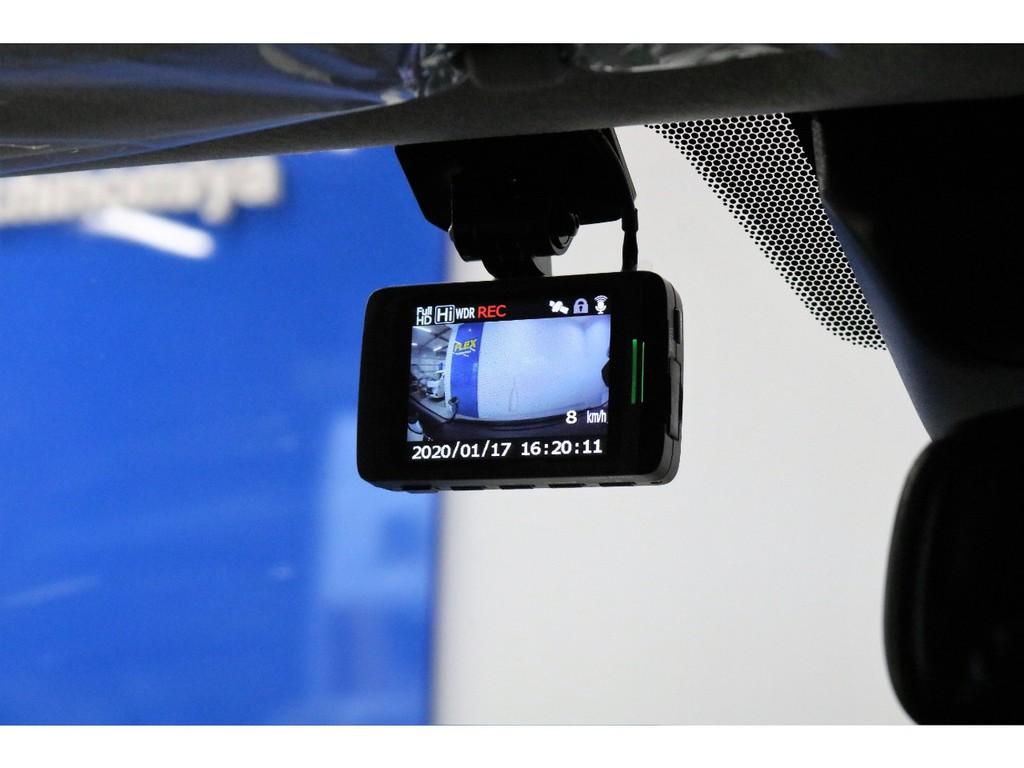 最近話題のドライブレコーダーは常時録画機能付き