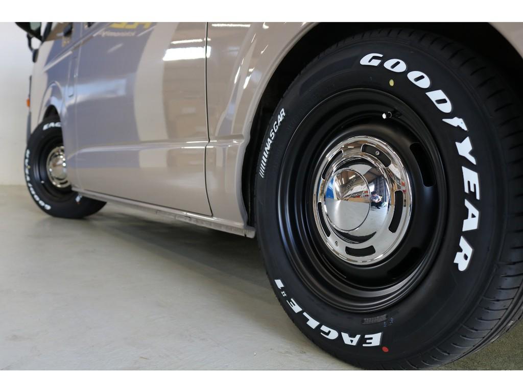 タイヤはGoodyear EAGLE1 NASCAR !!!