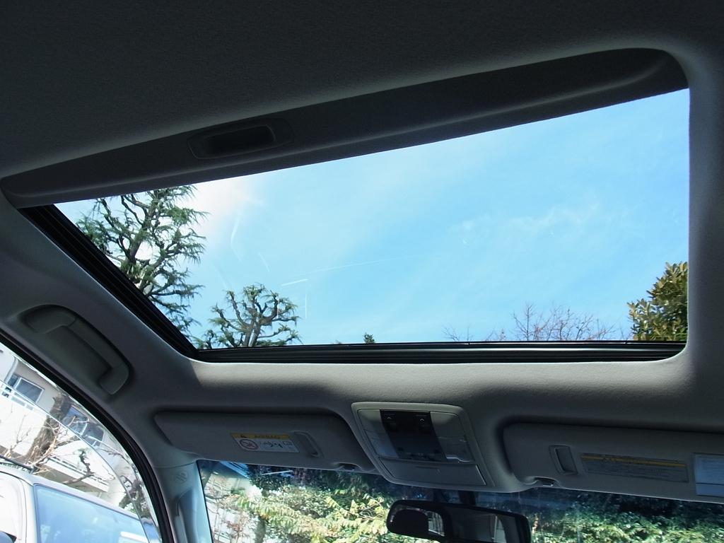 サンルーフももちろん装備! | トヨタ ランドクルーザープラド 2.8 TX Lパッケージ Gフロンティア ディーゼルターボ 4WD 試乗車 カスタム多
