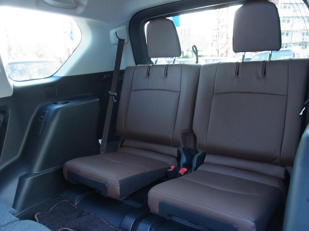7人乗り | トヨタ ランドクルーザープラド 2.8 TX Lパッケージ Gフロンティア ディーゼルターボ 4WD 試乗車 カスタム多